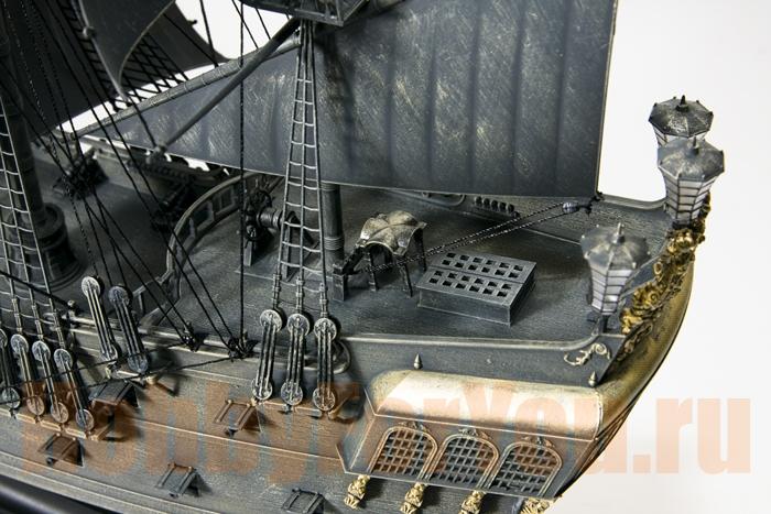 Сборная деревянная модель корабля черная жемчужина